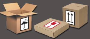 Transport etiketten: beschermen tegen vocht, breekbaar, deze kant boven